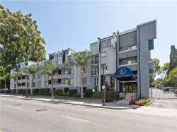 Photo of 1940 N Highland Avenue, Unit 15, Hollywood, CA 90068 (MLS # SB19188457)