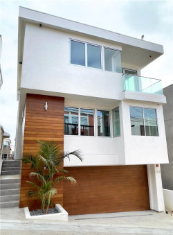 Photo of 208 Moonstone Street, Manhattan Beach, CA 90266 (MLS # SB20215113)