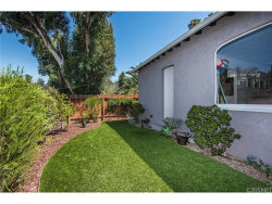 Photo of 3209 Bennett Drive, Hollywood Hills, CA 90068 (MLS # SR17142981)