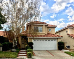 Photo of 19715 Scarlet Meadow Drive, Newhall, CA 91321 (MLS # SR17203549)