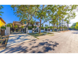 Photo of 11560 Dilling Street, Studio City, CA 91604 (MLS # SR18064161)