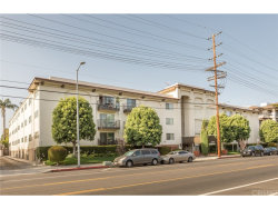Photo of 12801 Moorpark Street , Unit 102, Studio City, CA 91604 (MLS # SR18166999)