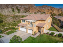Photo of 29392 Marilyn Drive, Canyon Country, CA 91387 (MLS # SR18170422)