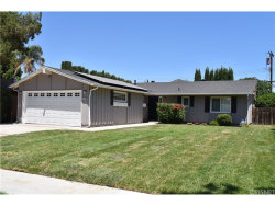 Photo of 6146 Kenwater Avenue, Woodland Hills, CA 91367 (MLS # SR18173731)