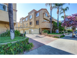 Photo of 6923 Hazeltine Avenue , Unit B, Van Nuys, CA 91405 (MLS # SR18196961)