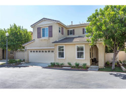 Photo of 26012 Lindale Place, Newhall, CA 91350 (MLS # SR18217325)