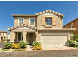 Photo of 26066 Redhawk Place, Newhall, CA 91350 (MLS # SR18223546)