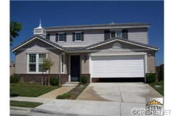 Photo of 26132 Rene Veluzzat Way, Newhall, CA 91321 (MLS # SR18224369)