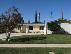 Photo of 22843 Cantlay Street, West Hills, CA 91307 (MLS # SR18226125)