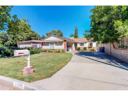 Photo of 25212 Vermont Drive, Newhall, CA 91321 (MLS # SR18226675)