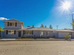 Photo of 17812 Silverstream Drive, Canyon Country, CA 91387 (MLS # SR18229627)