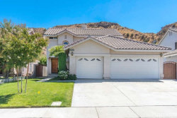 Photo of 29622 Parkglen Place, Canyon Country, CA 91387 (MLS # SR18231341)