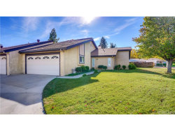 Photo of 19042 Avenue Of The Oaks, Newhall, CA 91321 (MLS # SR18278821)