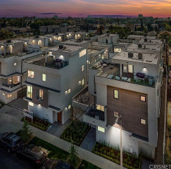Photo of 741 N Gramercy Place, Hollywood, CA 90038 (MLS # SR19026359)