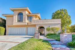 Photo of 23445 Glenridge Drive, Newhall, CA 91321 (MLS # SR19054291)