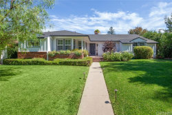 Photo of 4922 Hayvenhurst Avenue, Encino, CA 91436 (MLS # SR19171914)
