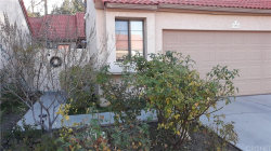 Photo of 19952 Avenue Of The Oaks, Newhall, CA 91321 (MLS # SR20140749)