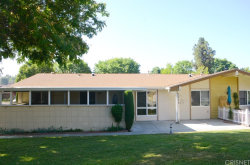 Photo of 26867 Avenue Of The Oaks, Unit B, Newhall, CA 91321 (MLS # SR20145520)