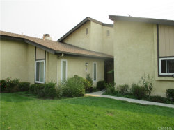 Photo of 19020 Avenue Of The Oaks, Newhall, CA 91321 (MLS # SR20192405)