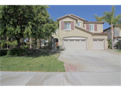 Photo of 43958 Breeze Way Place, Temecula, CA 92592 (MLS # SW18121410)