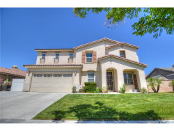 Photo of 996 Hawthorne Drive, Hemet, CA 92545 (MLS # SW18158298)