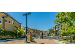 Photo of 902 S Oakhaven Circle, Anaheim, CA 92804 (MLS # WS17193076)