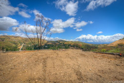 Photo of 18 Hitching Post Lane, Bell Canyon, CA 91307 (MLS # SR19115718)
