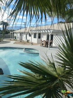 Photo of 2500 N FARRELL Drive, Palm Springs, CA 92262 (MLS # 17282274PS)