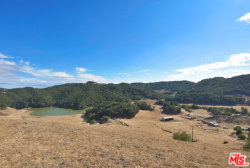 Photo of 3520 Old Creek Rd, Templeton, CA 93465 (MLS # 18401912)