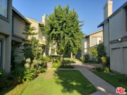 Photo of 9615 Sepulveda Boulevard, Unit 6, North Hills, CA 91343 (MLS # 19499066)