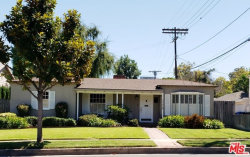 Photo of 10542 Moorpark Street, Toluca Lake, CA 91602 (MLS # 19500540)