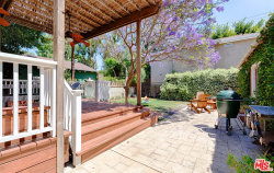 Photo of 3720 Mountain View Avenue, Los Angeles, CA 90066 (MLS # 20583338)