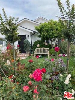 Photo of 4480 W 137th Place, Hawthorne, CA 90250 (MLS # 20584430)