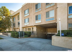 Photo of 10878 Bloomfield Street , Unit 104, Toluca Lake, CA 91602 (MLS # 317006939)
