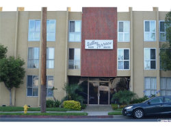 Photo of 6225 Coldwater Canyon Avenue, Unit 215, North Hollywood, CA 91606 (MLS # 318002369)