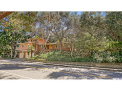 Photo of 2712 E Chevy Chase Drive, Glendale, CA 91206 (MLS # 319000948)