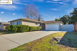Photo of 1910 Gilly Lane, Concord, CA 94518-3218 (MLS # 40892155)