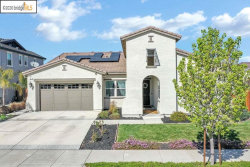 Photo of 401 Cakebread Pl, Brentwood, CA 94513 (MLS # 40897857)