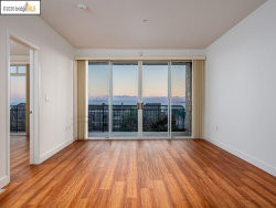 Photo of 1400 Pinnacle Ct, Unit 110, Richmond, CA 94801 (MLS # 40926074)