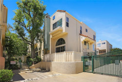Photo of 5455 Sylmar Avenue, Unit 1406, Sherman Oaks, CA 91401 (MLS # AR19139536)