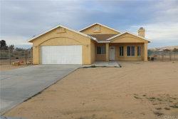 Photo of 21956 Sioux Road, Apple Valley, CA 92308 (MLS # CV19008997)