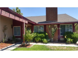 Photo of 28000 Winterdale Drive, Canyon Country, CA 91387 (MLS # DW17185179)