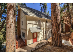 Photo of 260 S Fairway Drive, Lake Arrowhead, CA 92352 (MLS # EV19026843)