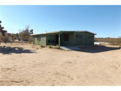 Photo of 55911 Starlight Mesa Road, Yucca Valley, CA 92284 (MLS # JT18250839)