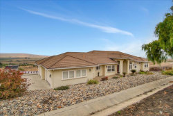 Photo of 330 Taryn Court, Hollister, CA 95023 (MLS # ML81800620)
