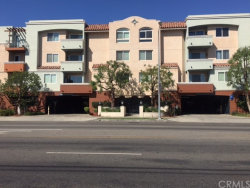 Photo of 13951 Sherman Way , Unit 406, Van Nuys, CA 91405 (MLS # OC17231499)