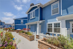 Photo of 237 Aviation Place, Manhattan Beach, CA 90266 (MLS # SB20126486)