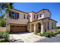 Photo of 26008 Lindale Place, Newhall, CA 91350 (MLS # SR17113277)
