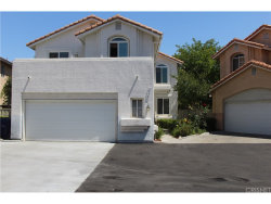 Photo of 27706 Bacon Court, Canyon Country, CA 91351 (MLS # SR17142745)