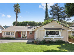 Photo of 6646 Mammoth Avenue, Valley Glen, CA 91405 (MLS # SR18212922)